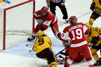 2013 Frozen Four Final-8107